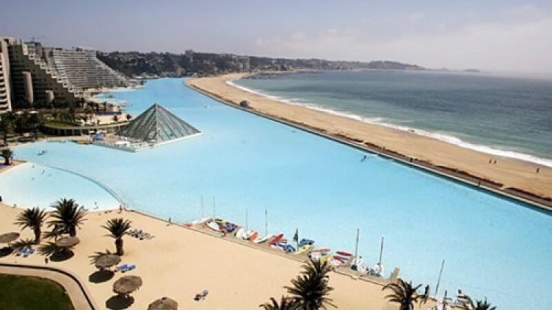 piscina Laguna de Cristal, cea mai mare din lume - 3