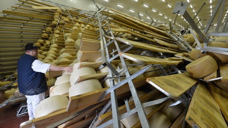 Cutremurul din Italia a lovit grav economia. 2.000 de companii inchise si pagube mari in agricultura