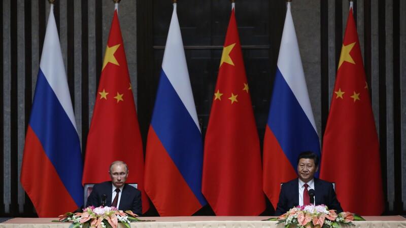 Vladimir Putin si Xi Jinping