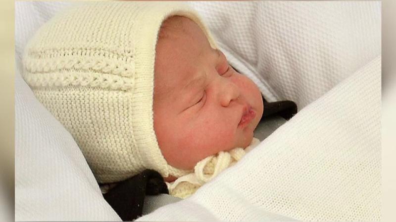 bebelus regal - stiri