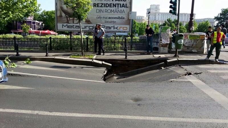 Imagini incredibile in Capitala. O bucata de sosea, din apropiere de Parcul Izvor, s-a surpat. FOTO