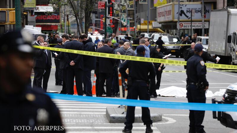 Un barbat a fost impuscat mortal de un agent NYPD in centrul Manhattan-ului.