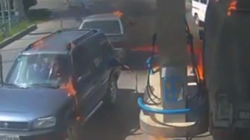 Un barbat a incendiat involuntar o benzinarie din Kazakhstan. De la ce a pornit focul VIDEO