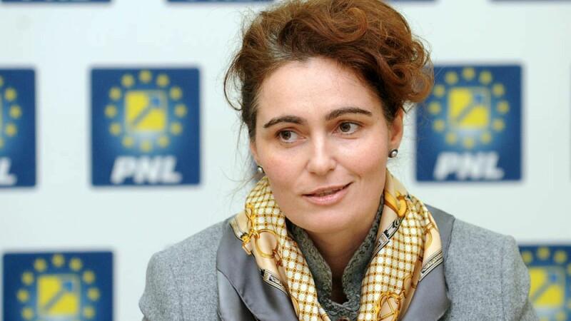 Vicepresedinte Senatului Iuliana Scantei, cercetata penal pentru fals si uz de fals. Cum ar fi devenit senator PNL