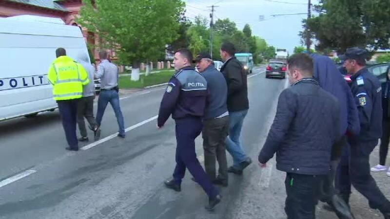 arestati pentru ca au batut drumarii
