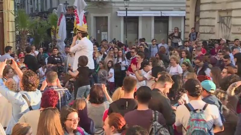 Bucurestiul, promovat de 100 de bloggeri si jurnalisti din toata lumea. Ce s-a intamplat sambata in Centrul Vechi
