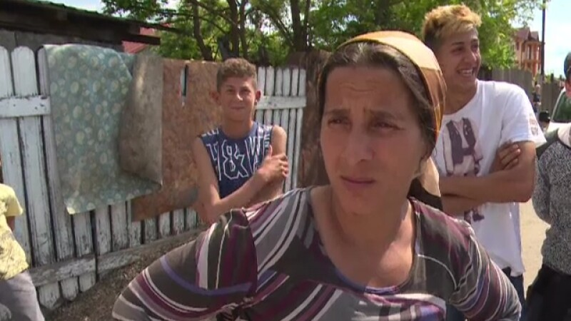 4.3 milioane de români stau degeaba. Din ajutorul social și alocații iau cât ar lua dacă ar munci cu ziua