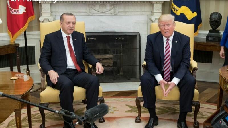 Trump l-a primit pe Erdogan la Casa Alba, iar cei doi s-au laudat reciproc: