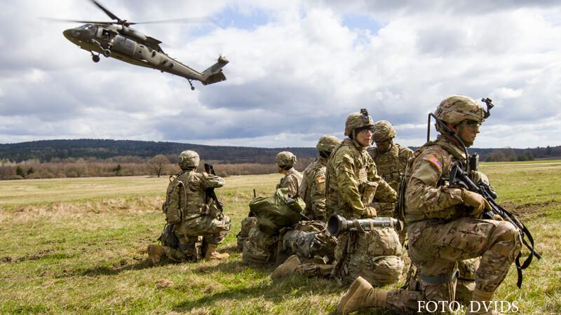 Atlantic Resolve, militari, elicopter Black Hawk