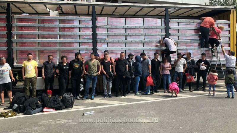 Migranti prinsi la frontiera