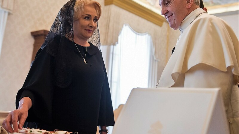 Papa Francisc, Viorica Dancila