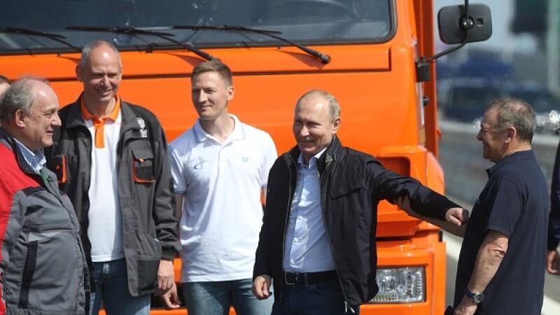 """Inaugurarea """"Podului Crimeei"""" de către Putin, condamnată de SUA, UE şi Ucraina"""