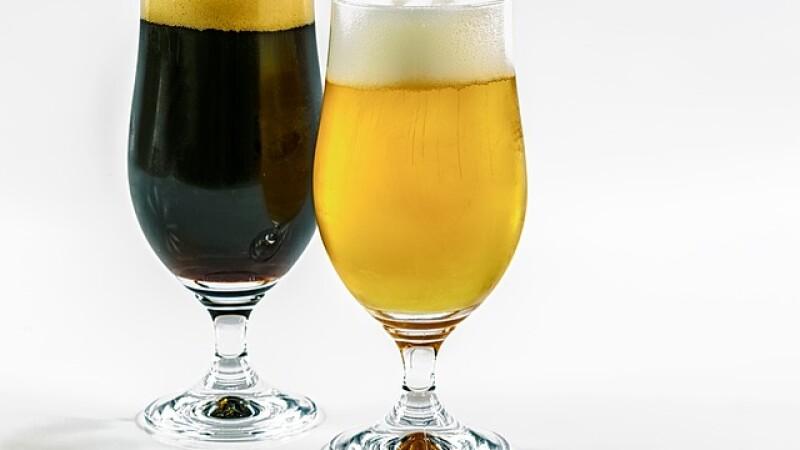 Rețeta berii artizanale. Cum se obțin gusturile variate și câtă este sănătos să bem
