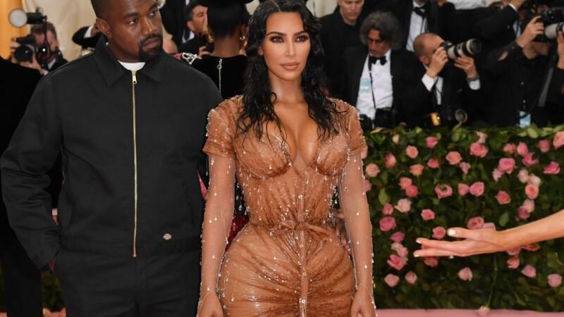 Kim Kardashian, apariție spectaculoasă la Met Gala 2019. Cum au arătat surorile ei. GALERIE