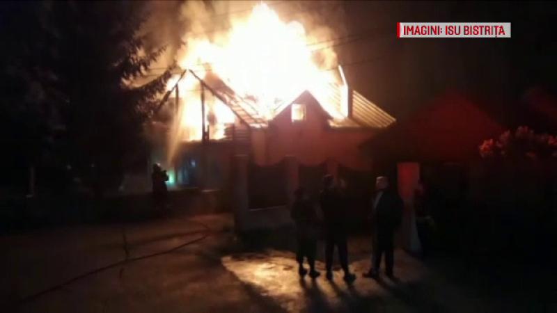"""Incendiu violent la un motel din Bistrița: """"O mână criminală. Singur cum să se aprindă?"""""""