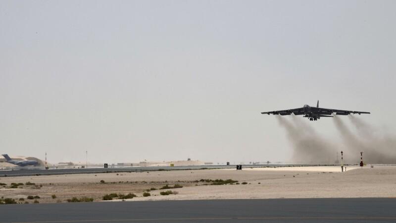 Diplomaţi americani, evacuaţi din Irak. Ar putea urma un atac al Iranului