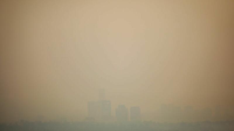 Stare de urgență din cauza unui nor de poluare. Măsurile luate de autorități. GALERIE FOTO