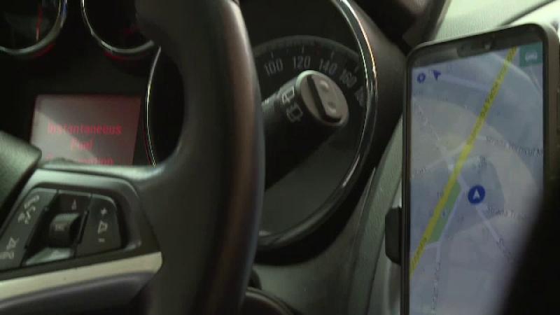 Uber și Bolt îi vor susține financiar și juridic pe șoferii ce vor avea probleme