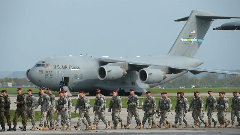 trupe SUA