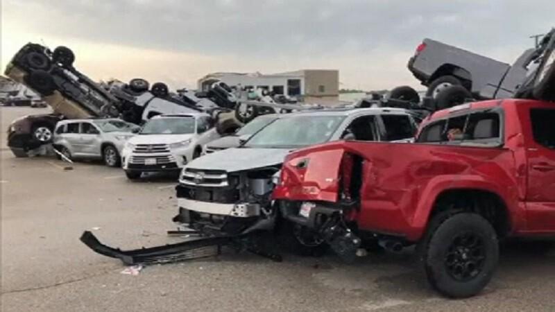Dezastrul provocat de o tornadă în statul american Missouri