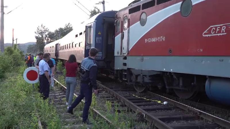 Un tren de persoane a deraiat pe ruta Arad - Simeria