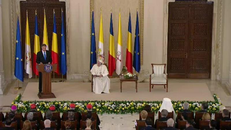 Klaus Iohannis, Papa Francisc