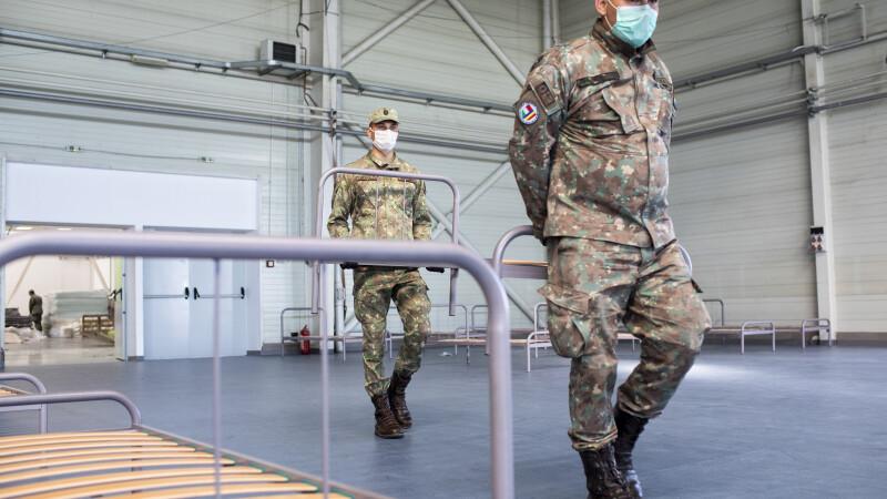 România trimite medici militari în SUA pentru a ajuta în lupta contra coronavirusului