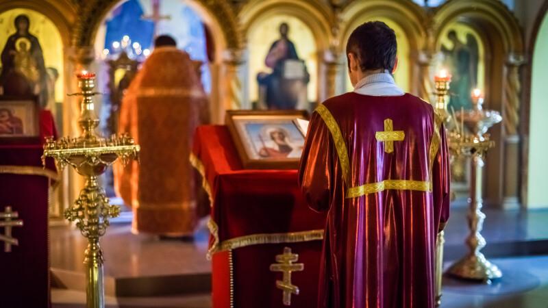 Prelaţi ai Bisericii Ortodoxe Sârbe, arestaţi în Muntenegru pentru oficierea unei slujbe