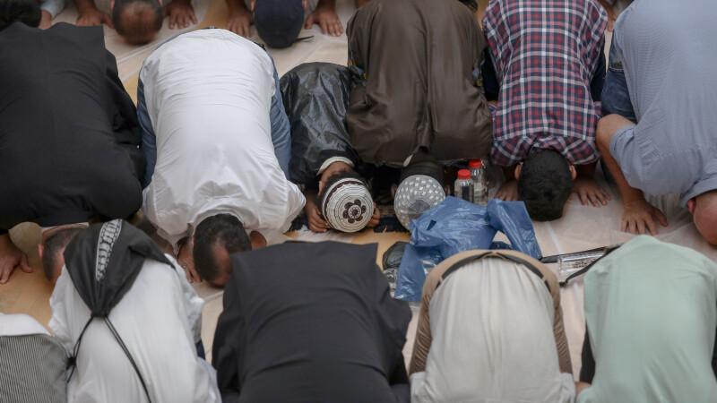 Musulmanii din România celebrează, începând de duminică, Ramazan Bayramul. Cum se vor desfășura slujbele