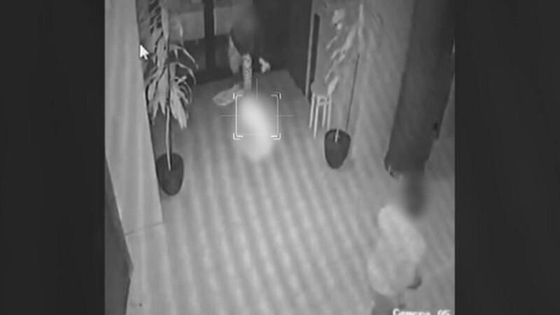 Momentul în care o mamă își trântește bebelușul pe jos, la Timișoara, surprins de camere