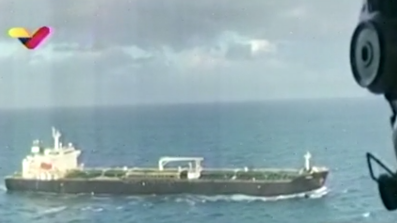 Navele iraniene încărcate cu carburant sosesc în apele Venezuelei, în pofida avertismentelor SUA