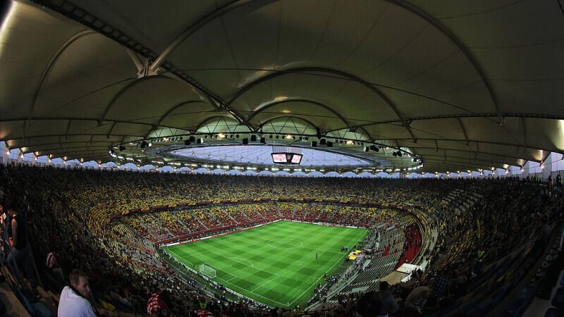 Din 15 mai suporterii se pot întoarce pe stadioane. Anunțul făcut de Klaus Iohannis