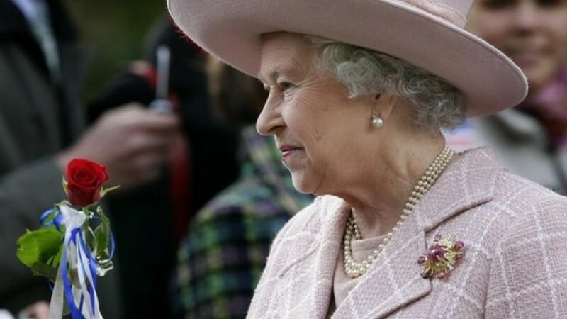 Chiar si regina face economii de frica crizei economice
