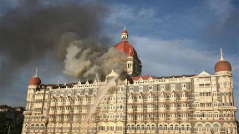 India, teatru de razboi intre armata si teroristii musulmani