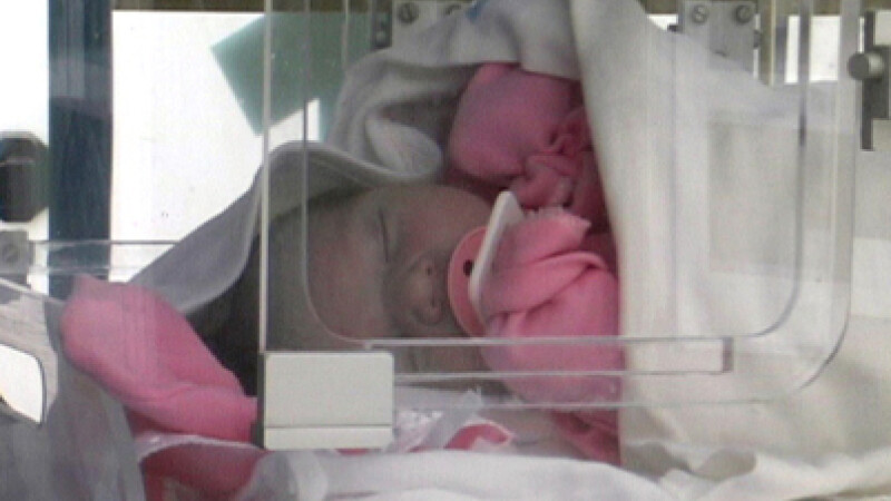 Fetita a fost transportata la Spitalul de copii din Iasi