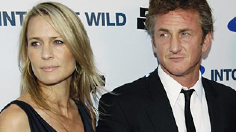Sean Penn si inca sotia sa