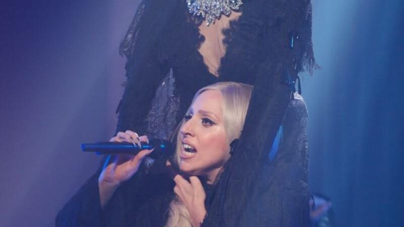 Lady Gaga, decapitata