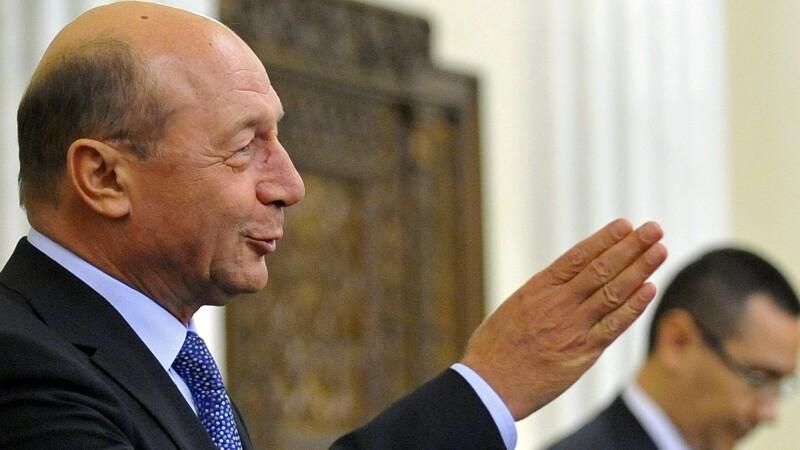 Traian Basescu, Victor Ponta - cover