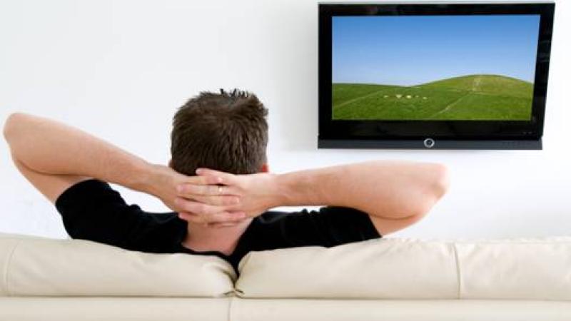 Studiu: Trei ore de televizor pe zi dubleaza riscul de moarte prematura