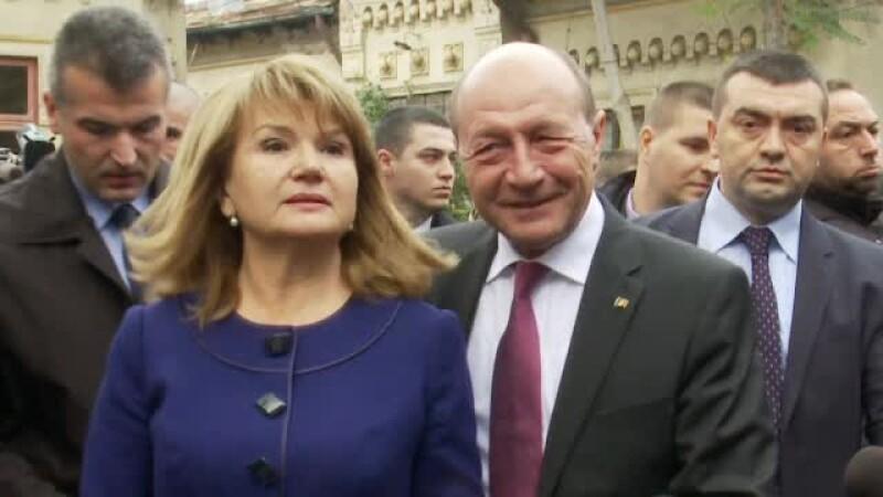 Mesajul neasteptat transmis de Maria Basescu in seara primului tur. Ce a spus despre zvonurile legate de divort