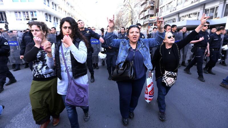 Femei in Turcia