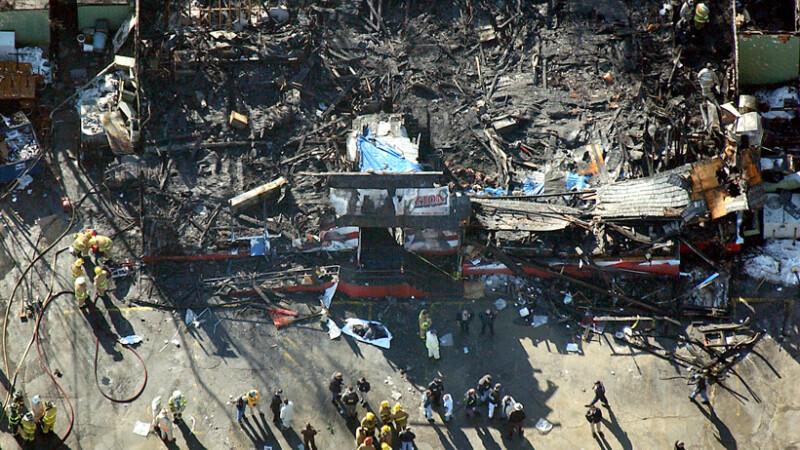 incendiu in clubul Station din SUA, 2003