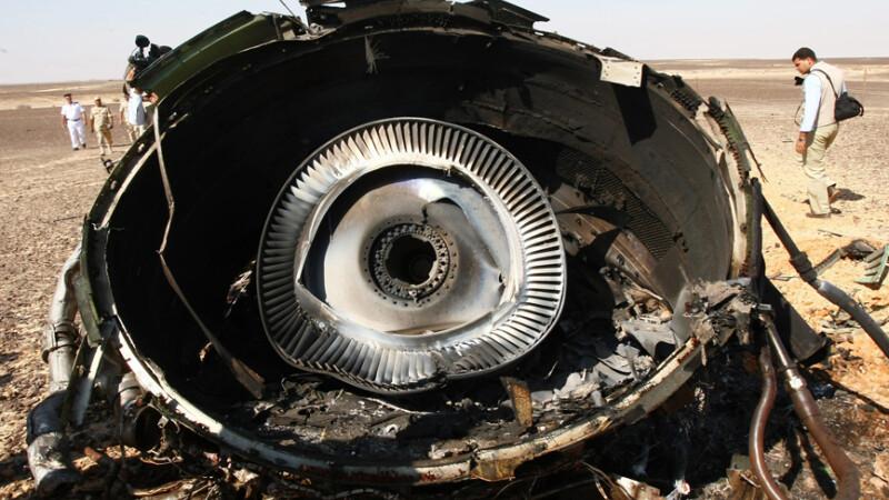 """Apar noi indicii ca avionul rusesc din Egipt a fost doborat de ISIS. """"Raza de caldura"""" si """"elementele straine"""""""