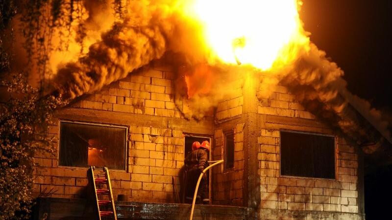 Incendiu, pompieri