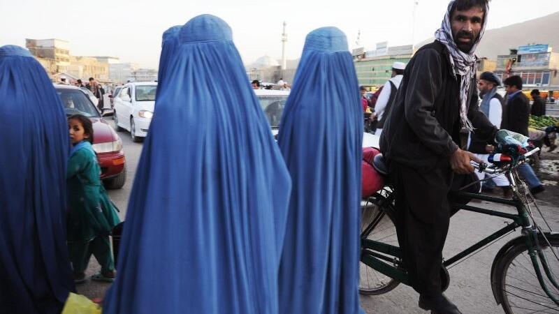 Statul musulman care le-a interzis femeilor sa poarte valul islamic. Motivul din spatele acestei decizii