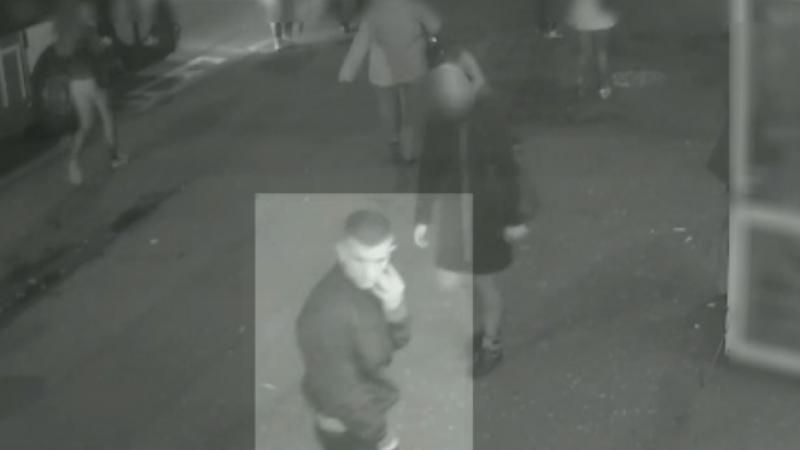 Unul dintre cei 3 tineri care au atacat un barbat la Cluj s-a predat politiei dupa ce s-a vazut la TV. Ce a povestit