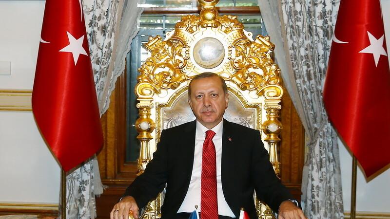 Turcia duce un