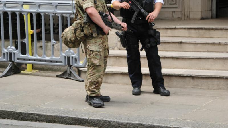 Parlamentul scoțian, evacuat din cauza unui pachet suspect