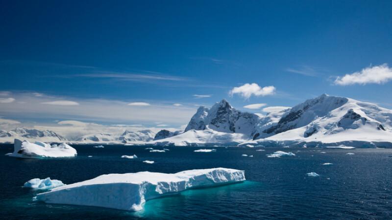 """Ritmul """"înspăimântător\'"""" al topirii ghețarilor. Cum arătau măsurătorile din 1972"""