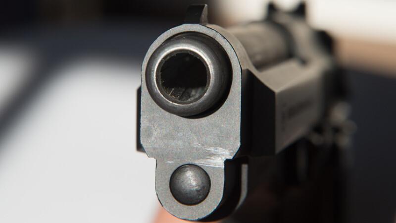 focuri de arma sua
